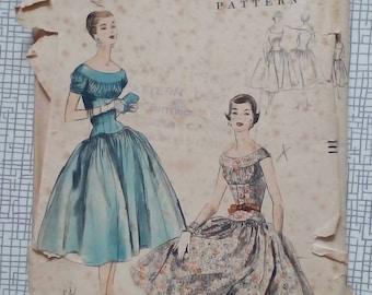 "1955 Dress - 34"" Bust - Vogue 8596 - Vintage Sewing Pattern"