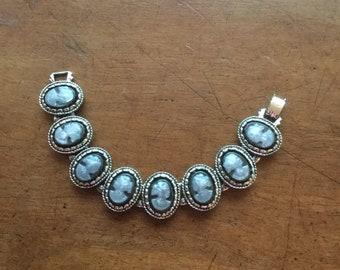 Vintage Victorian Revival Plastic Cameo Book Chain Link Bracelet