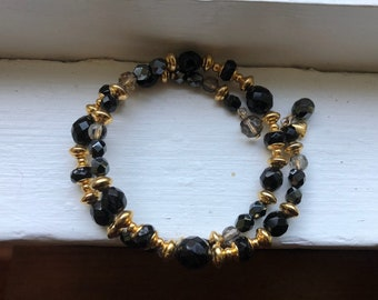 Vintage LCI Liz Claiborn Beautiful Black & Gold Choker