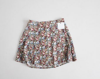 short floral skirt | floral mini skirt | 90s floral skirt
