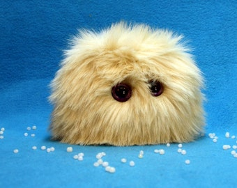Worry Pet Fluffy Tan LOVE! stress Pet! purple/white eyes pet