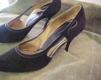 Vintage 1960s Stilettos Bl Suede Heels, 9 AA   3376