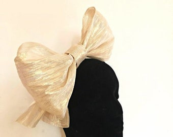 Darling Bow - Metallic Gold Fascinator