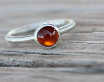 Simple Modern Rust Red Cinnamon Garnet Silver Ring Stackable January Birthstone Hessonite Grossular Round Circular Cabochon - Auburn Aureole