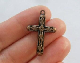 8 Cross charms antique copper tone CC44