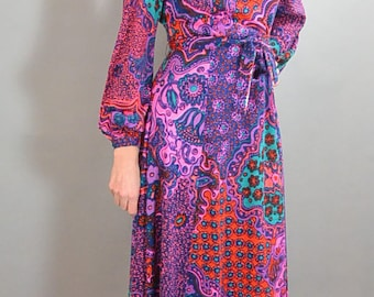 70s Maxi Dress// Long Disco Dress// Psychedelic Disco Dress (F1)