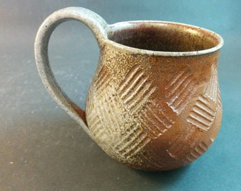 Mothers Day Gift, Handmade Pottery Mug, 10 oz mug, red interior cup, carved basket texture, Mug, Tea and Coffee Cup, ready to ship,