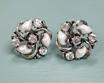 Vintage Lisner Screw Back Earrings FREE Shipping