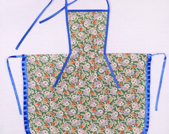 Kitchen apron for women green at flowers/handmade