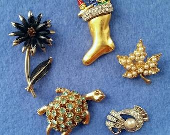 Rhinestone Repair Brooch Lot, mixed lot of 5 vintage brooches, vintage pins