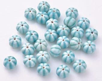 5 beautiful melons in porcelain blue and white beads 8 * 10 mm