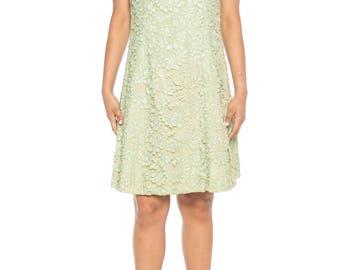 1960s Mint Green Lace Dress Size: 6