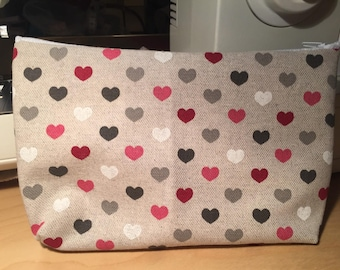 "Collection Valentine's day: ""pink heart"" handmade zippered pouch"