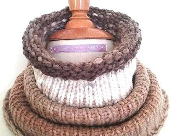 collar snood color beige and ivory wool degraded