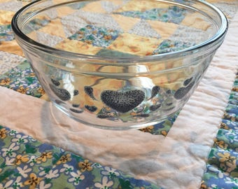 Vintage Blue Heart Mixing Or Serving Bowl 1 1/2 Quarts Anchor Hocking Made in The USA