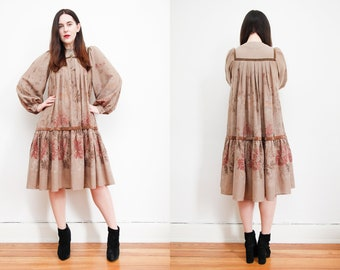 Vintage Floral Smock Dramatic Poet Sleeve Balloon Sleeve Hippie Trapeze Swing Tent Dress 70's