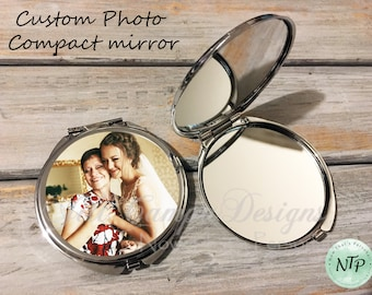 Mother-of-the-Bride gift, Mother of the Bride, Mother-of-the-Groom Gift, Wedding Gift for Mom, Mother-in-Law Gift from Bride, compact mirror