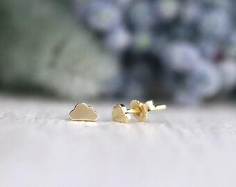 3.5x5.5MM Cloud Stud Earrings | Whimsical Minimalist Earrings | Solid 14K Gold | Fine Jewelry | Free Shipping