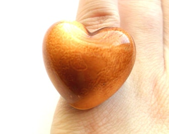 Vintage Brown Heart Ring Size 7 Acrylic Plastic Glazed Look Style Chunky Bold Valentines Day Valentine Love 80s Style Tan Coffee Cafe