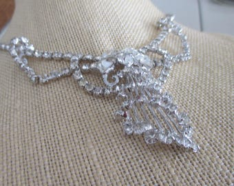 Vintage 1960's Rhinestone Necklace in Silver Rhodium Setting, 15 Inches in Length, Wedding, Bridal, Unique Rhinestone Necklace, Gift For Her