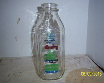 1990's Crescent Ridge Dairy Sharon Mass 4 Color Pyro Quart 8 3/4 inch tall Milk Bottle