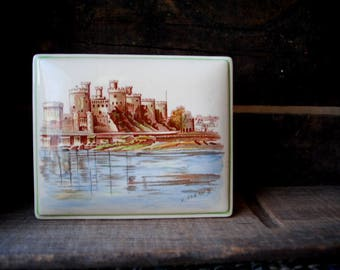 Conway Castle vintage 50s, ivory porcelain, trinket box. Made by Staffordshire in England.