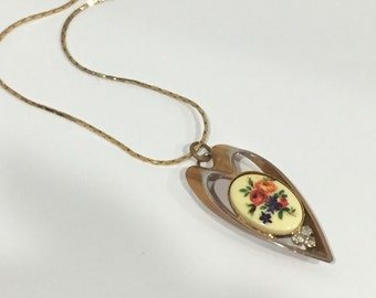 Vintage Gold Heart Necklace with Flowered Cabochon Clear Rhinestones Vintage Patina Very Nice