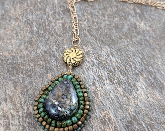 Snowville Variscite Bead Embroidered Pendant, in Gold.