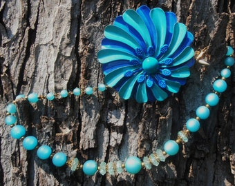 Vintage 1960s MOD Turquoise Flower Enamel Pin and Matching Necklace