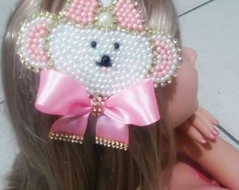 Tiara bow made of pearls