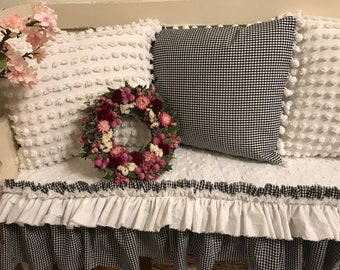 One ruffled bench cover / check/ white double ruffle /