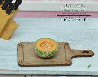 1:12 Dollhouse Miniature Cantaloupe Half/ Miniature Cantaloupe BD P058