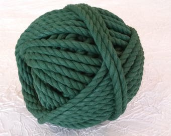 Cotton cord. Twisted cotton cord. Cotton rope. Macrame rope - spool of 100% cotton rope - 8 mm - Green spinach.