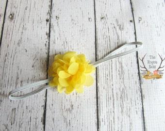 Petite bandeau jaune & gris - Preemie Newborn Baby Photo Prop - Flower Girl - gris - tu es mon soleil - bandeau Dainty - été