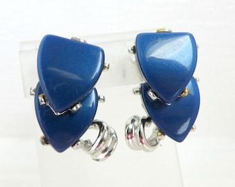 Vintage Heart Earrings, Blue Earrings, Thermoset Earrings, Double Heart Clip on Earrings, Silvertone Earrings, Gift for Her, Gift Box