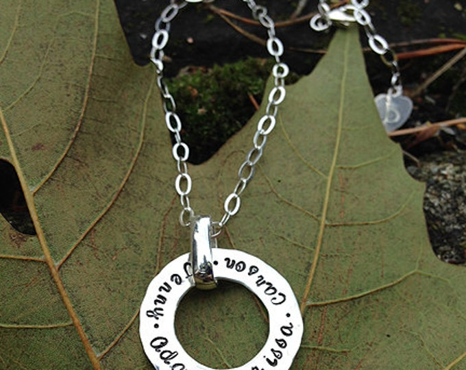Modern Hammered Solid Sterling Silver Circle Pendant with Your Choice of Fonts, Hand Stamped Names or Words or Phrase Message - Mom Necklace