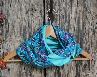 Snood scarf women blue with flowers