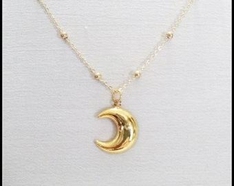 Gold moon necklace, sickle moon pendant, half moon, crescent moon jewelry