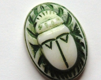 Vintage White with Green Raised Scarab Glass Cabochon 25mmx18mm (1) cab319D