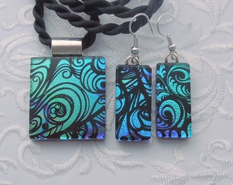 Dichroic Fused Glass Pendant - Fused Glass - Dichroic Glass - Etched Glass - Zen - Zentangle - Pendant And Earring Set X3528