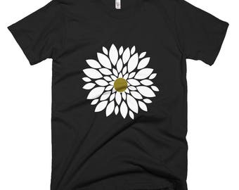 White pearl flower T-shirt