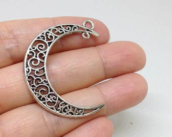 10 Pieces Ornate Crescent Moon Pendant, Half moon Pendant, Jewelry findings, Jewelry Supplies