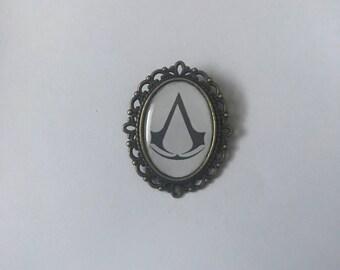 Assassin's Creed Cameo Brooch