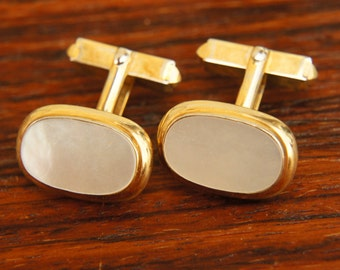 Vintage 60s Men's Gold Plated Pearl Cuff Links/Retro/Mid Century