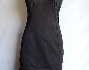 Beautiful, silky Nylon full slip... Black ,Wide lace at hem size small