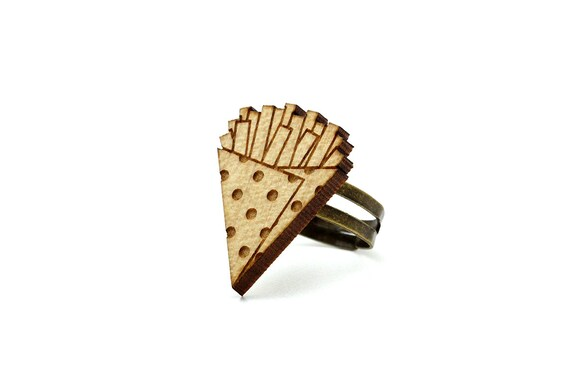 French fries ring - chips ring - lasercut maple wood - kitsch food jewelry - graphic jewellery - offbeat proposal - engagement ring