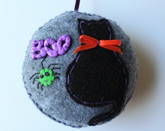 Cat Ornament, Halloween Cat Ornament, Felt Cat Ornament, Plush Cat Ornament, Button Cat Ornament