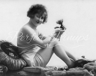 BEAUTIFUL ANTIQUE NUDE Woman French Pin Up Home Decor Risque Vintage Photograph Wall Art Burlesque Postcard Photography Paris Pinup - 59