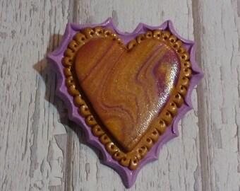 Golden Heart Swirl Pin - V061