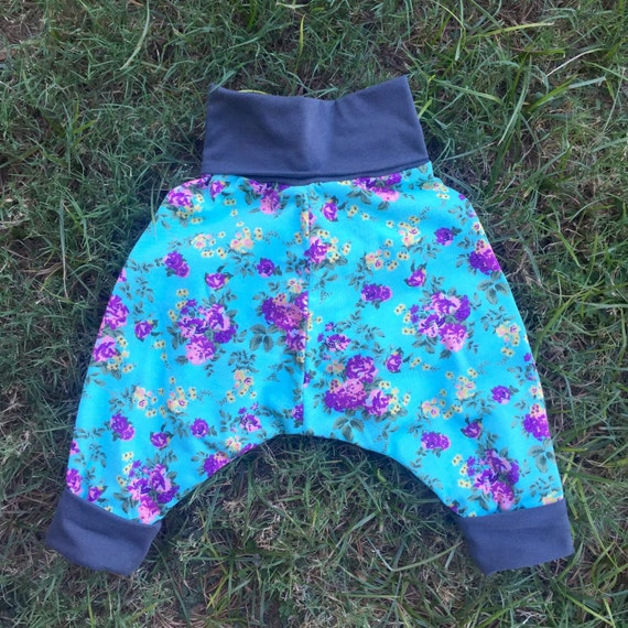Girls mint floral harem pants (size 6 months to 4 years)